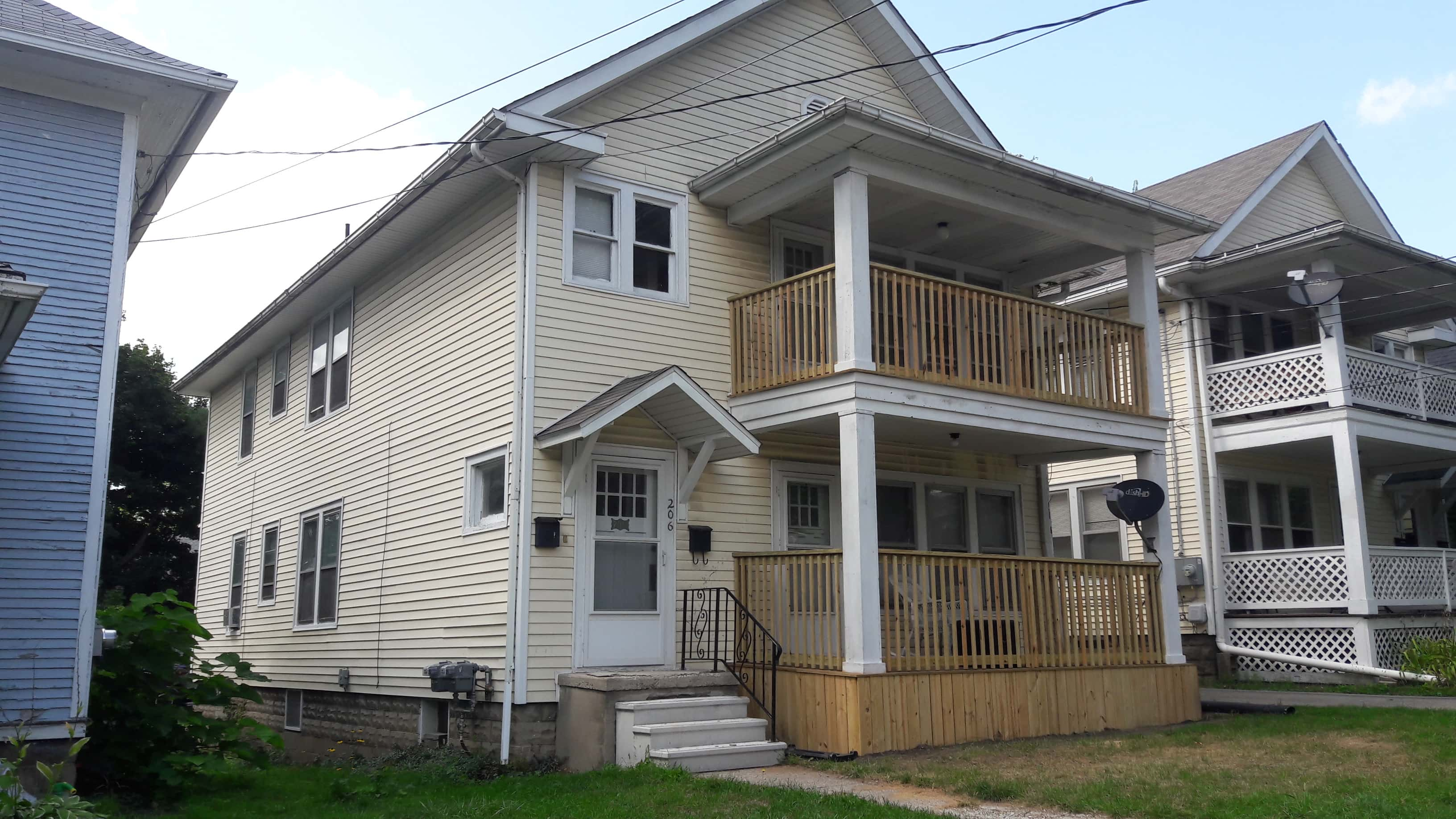 206 S West Ave (Upper)